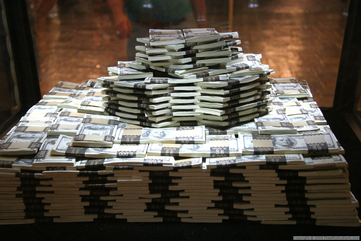 Stacks Of Money Wallpaper http://holtz.org/Library/Images/Slideshows/Gallery/Artifactual/